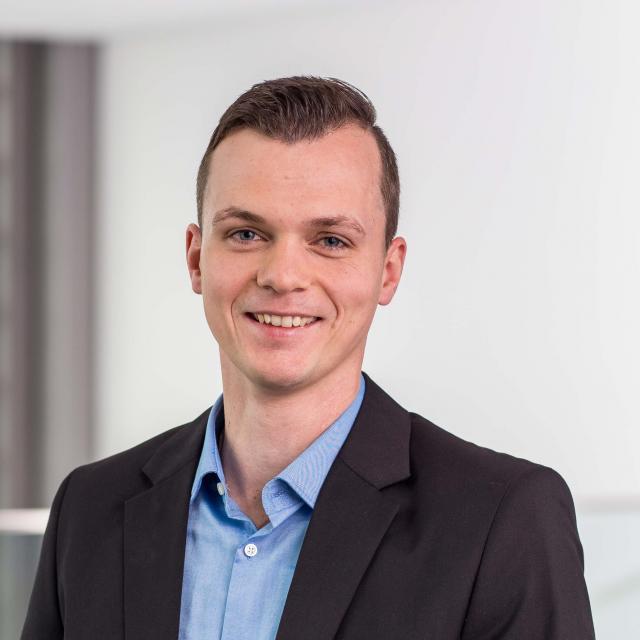 Dr. Alexander Schätzle